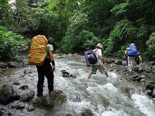 Trekking inside the Sibalom Natural Park