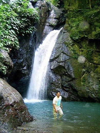 Macalbag Falls