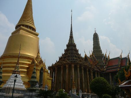 Sparkly gold Chedi and Mondop at The Grand Palace