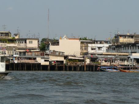 Homes on the banks of Chao Phraya River