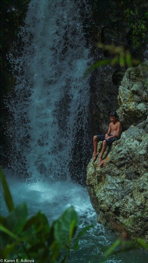 Guts has no age. 12 years old boy in the higher portion of the falls.