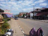 Street scene, Vang Viang: by heathergay, Views[168]