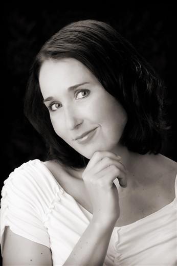 Heidi Siefkas Black and White Profile Picture