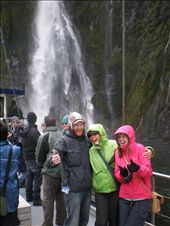Si, Rach and me under the waterfall on Milford Sound: by hellie_and_bracey, Views[210]