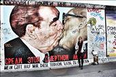 The East Side Gallery of the Berlin Wall: by hethoandstokesyseuropeanadventure, Views[91]