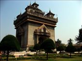The Concrete de Triumphe in Vientiane.: by homeless_harry, Views[538]