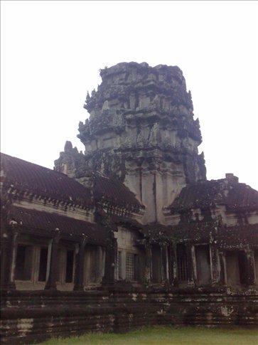 ANgkor Wat at sunrise(with fog)