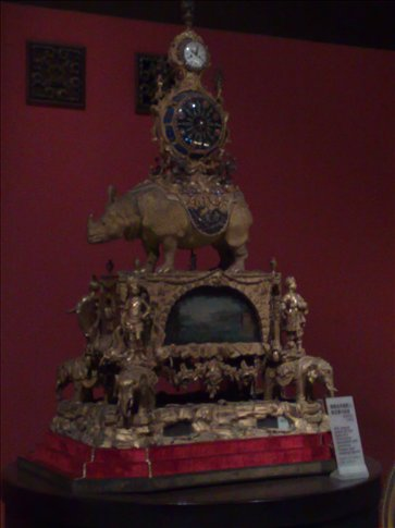 clock display-Forbidden City-most were given to various emperors who lived there