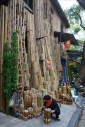 Sommige straten specialiseren zich in een product, zoals hier het bamboo straatje: by irko_mirjam, Views[158]