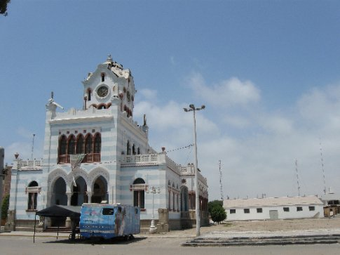 Pisco plaza - demolished along with much of the town by an earthquake two years ago