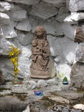 Mother Mary grotto at the entrance to the Center's Main House: by ivan_miral, Views[831]