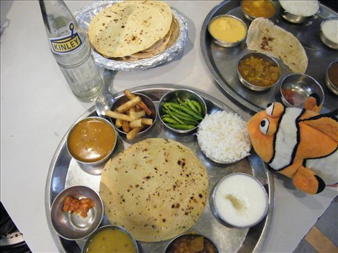 Tangelo eats a thali -- a one plate sampling of Indian delights