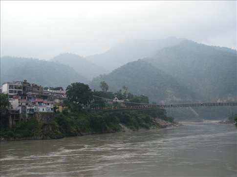With the Ganges and hills, Rishikesh offers more serenity than Haridwar