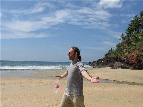 Even for a sun-burning pale-skin like Ive, the Varkala beach immediately felt like paradise!