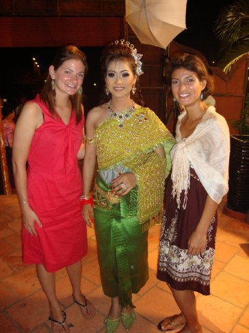 Mi poses with Lyndsay, an American TGC volunteer and the bride, donning her 7th? stunning traditional dress of the evening - each a new color!