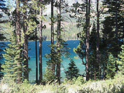 Tahoe Lake at 2500m above sea level