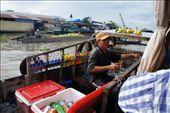 Floating bar in the floating market. : by j9vanlog, Views[162]