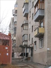 Another example of a Soviet Block apartment building. With so much of the city destroyed during WWII, homes had to be constructed rapidly.: by james_tesol_teacher, Views[337]