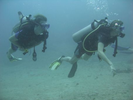 Us Scuba diving in Gili Trewangan - Kool hey !!