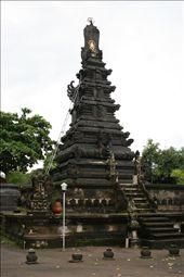 Hindu temple at the Water palace: by jamesanddan, Views[511]
