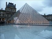 Lining up to get into the Louvre: by jamesandjulie, Views[118]