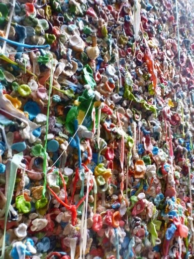 Delcious gum wall