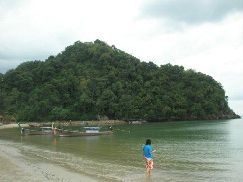 Napparat Thara Beach, Krabi