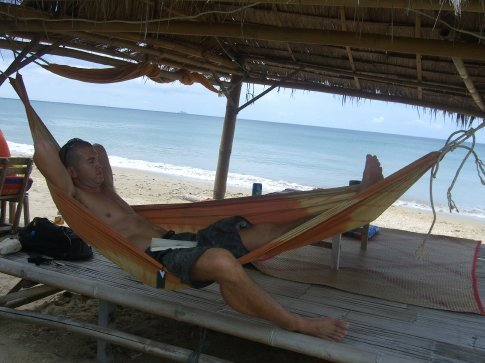 Lounging at the Casa Mee bar....