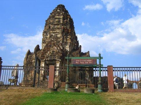 Phra Prang Sam Yod - The monkey temple