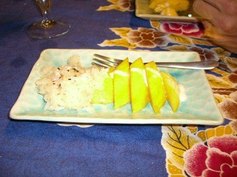 Sticky rice with mango.