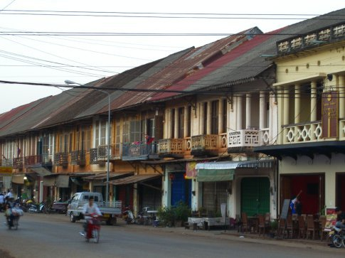 French colonial architecture in Tha Khek