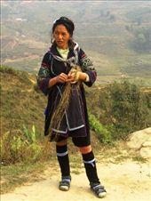 Black H'mong woman working hemp: by jciecko, Views[258]