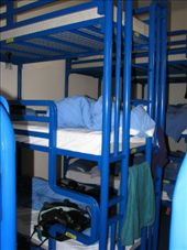 these are the 3 person bunks at the london backpackers hostel..great: by jess_dan, Views[337]