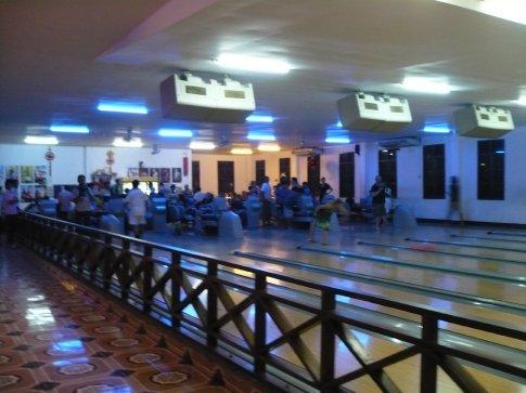 Bowling in Luang Probang