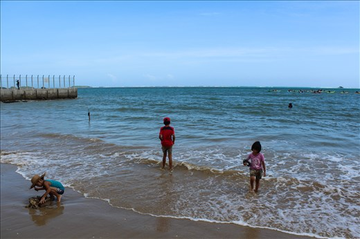 Children play in the waters of Oura bay, while protesters take to kayaks in an attempt to block sea drilling. The new base at Henoko is set to become one of the largest in Asia, with a double v-shaped runway extending 200 meters into the ocean. Many people are worried that it will significantly impact an area that is renowned for its natural beauty, and pristine coral reefs that are an important habitat for sea turtles and the endangered dugong.