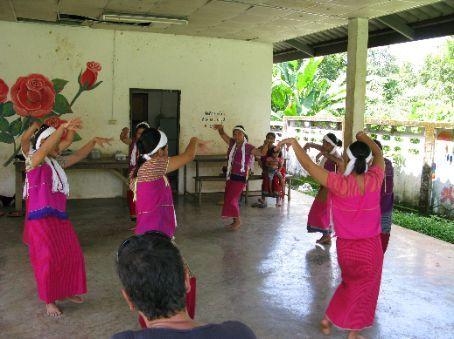 Welcome dance by Karen village.