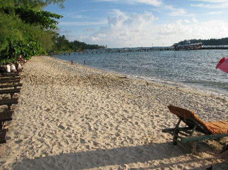Sihanoukville, Victory beach - So much nicer than the other beaches which are plagued by restaurants/bars, backpackers, child hawkers, and waste. Why go there when you could come to Victory beach?