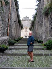 Jim in the old town of Lipari: by jimandnicadventure, Views[612]