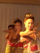 traditional finger nail dancing...: by jo_and_matt, Views[250]