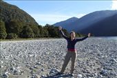 Joannah by river seen on a hike done on way between Franz-Josef to Queenstown: by joannah_metz, Views[115]