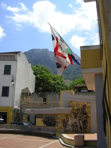 Flags of Italy and Sardinia