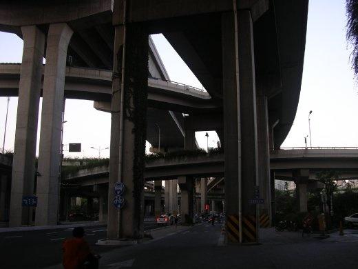 Freeway adjacent our hotel, Hangzhou