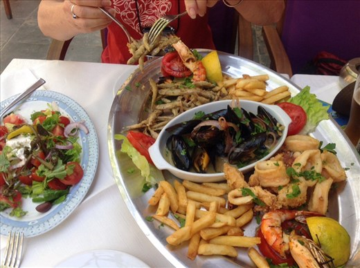 Lunch seafood platter - Mama Miki, Rhodes Island