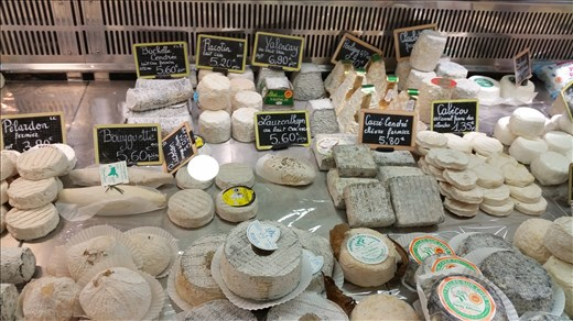 Cheese Paris market
