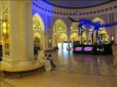 DuBai Mall: by johnsteel, Views[119]