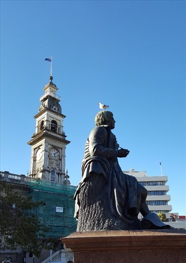 Robbie Burns and St Paul's Cathedral Dunedin