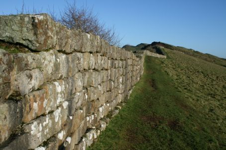 I must walk this wall from the east to the west when I return.