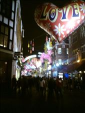 Carnaby, at night. After some shopping.: by jono_79, Views[121]