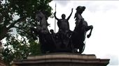 Statue of Bodicca (Boadicea). Warrior Queen who liberated the first areas of what became Britain from the Romans.: by jono_79, Views[220]