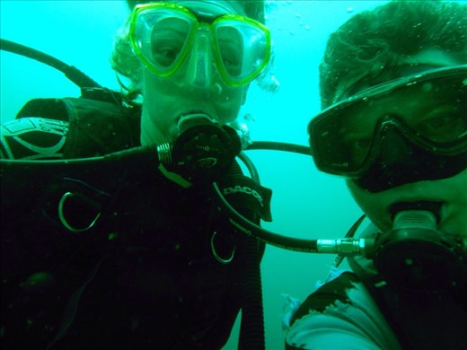 Woo hoo hoo, first dive together over the ship wreck.